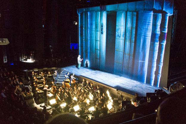 Het-Muziektheater-amsterdam-sortir