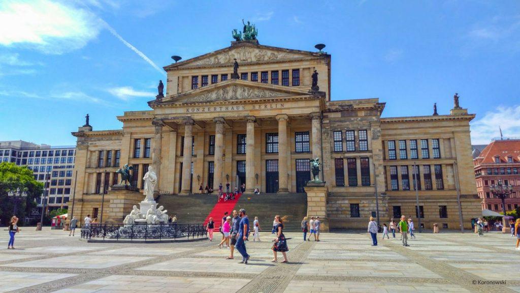 Konzerthaus-visite-monument-berlin
