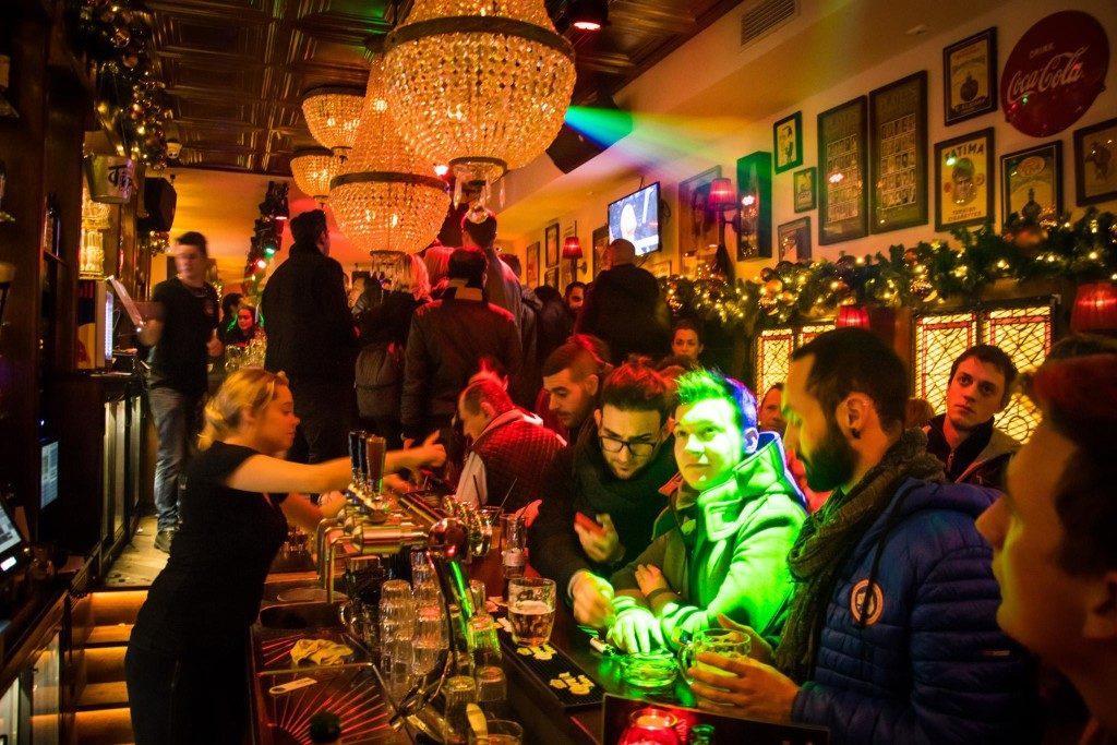 amsterdam-pub-soiree-bar-boite