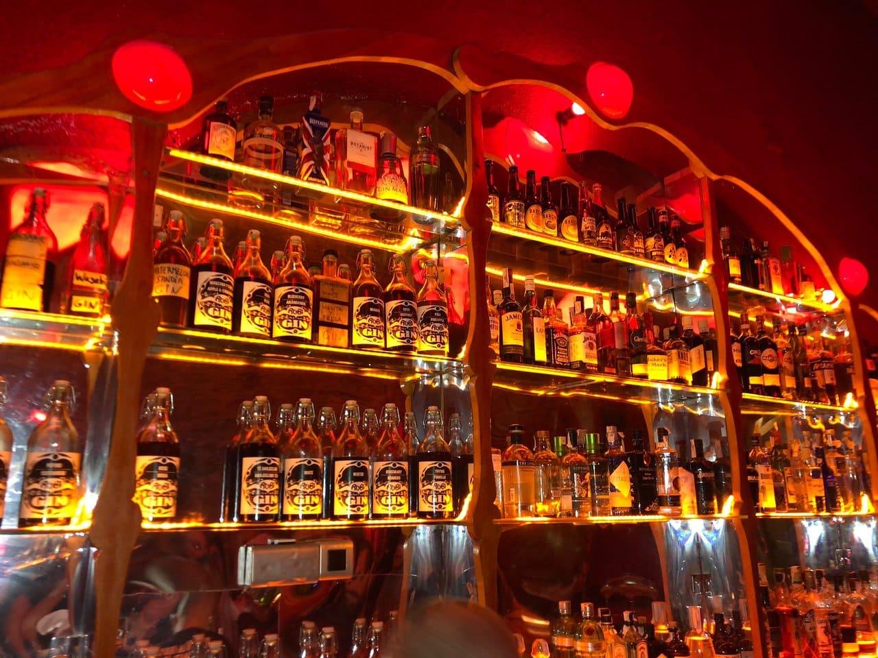 bar-gin-barcelone-sortir