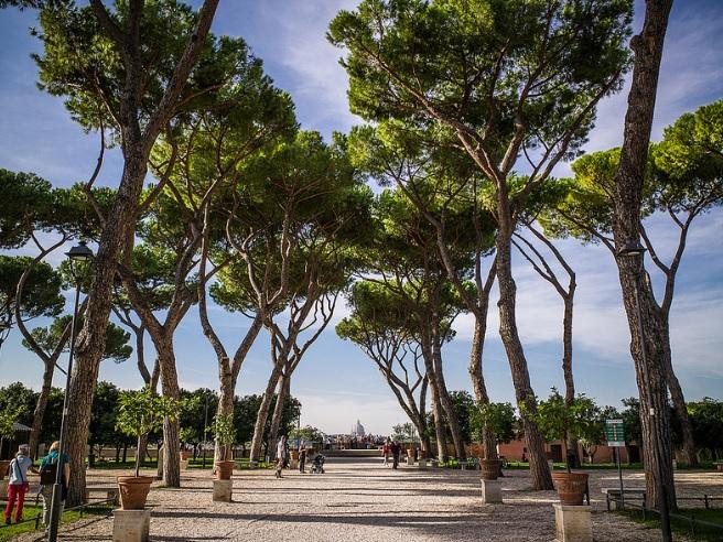 parco-savello-jardin-rome-visiter
