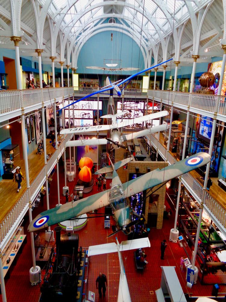visite-gratuite-musee-edimbourg-national