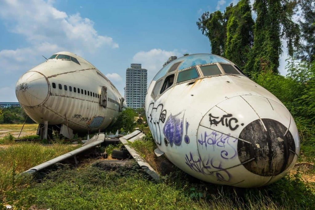 cimetiere-avion-bangkok-gratuit