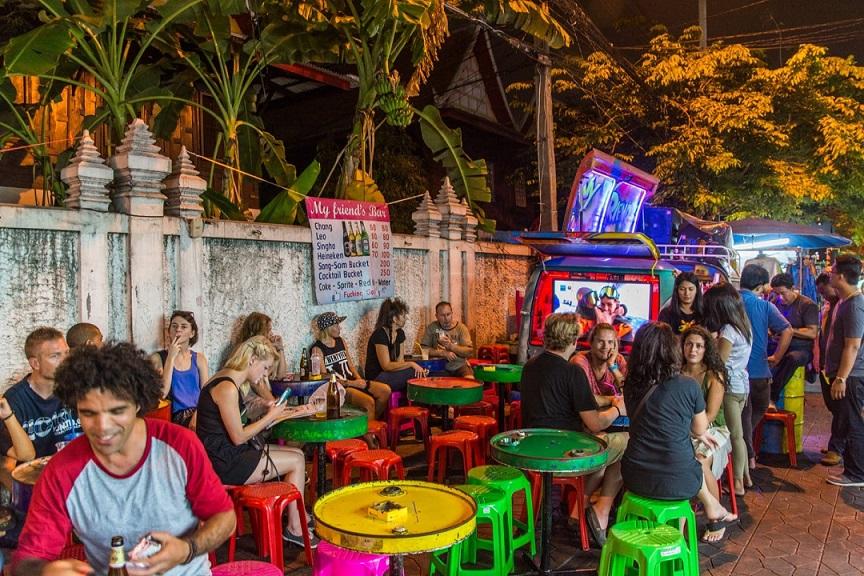 petit-bar-soi-rambuttri-bangkok