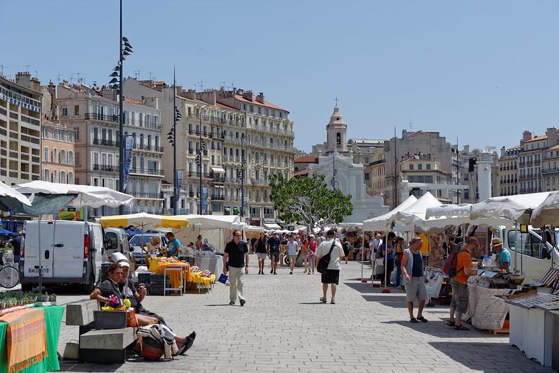 quartier-canebiere-loger-marseille-shopping