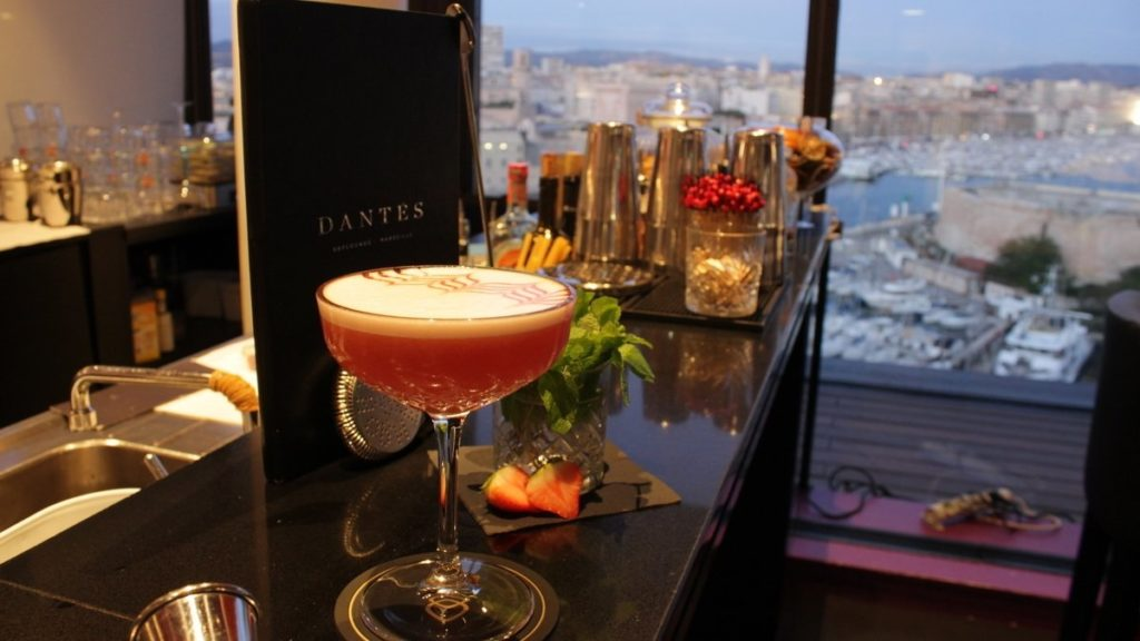 bar-dantes-rooftop-cocktail-marseille