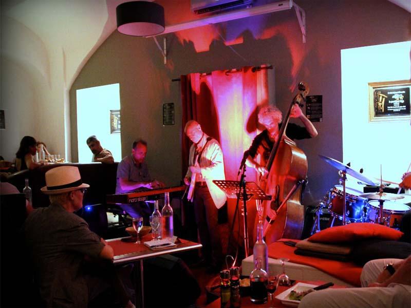 perroquet-bleu-bar-club-jazz-marseille