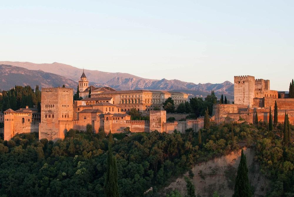 quartier-alhambra-sejourner-grenade