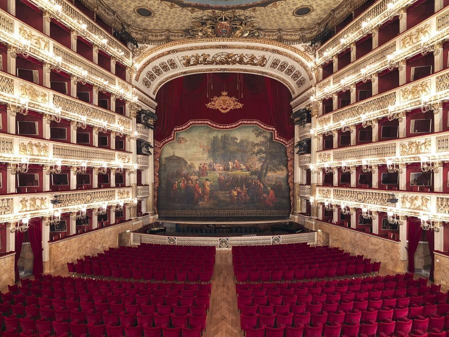 theatre-San-Carlo-visite-naples