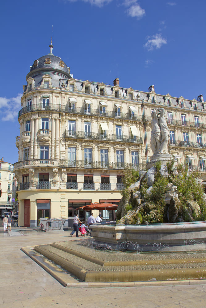 place-comedie-montpellier-visite