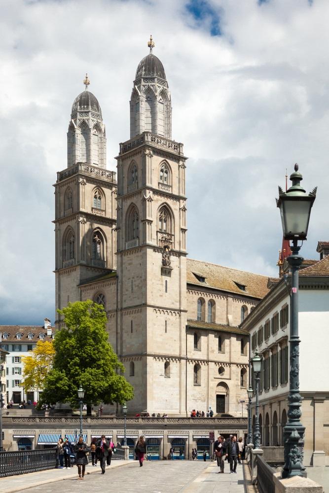 faire-gratuit-cathedrale-zurich