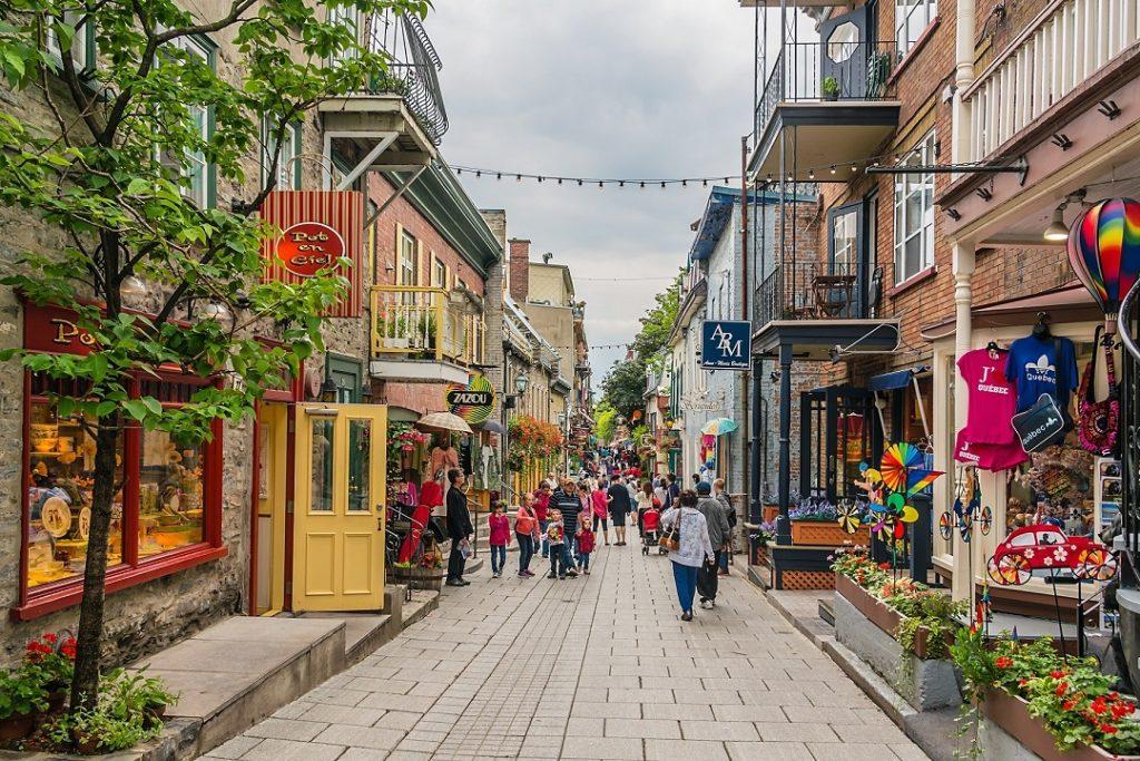 visiter-quartier-latin-montreal