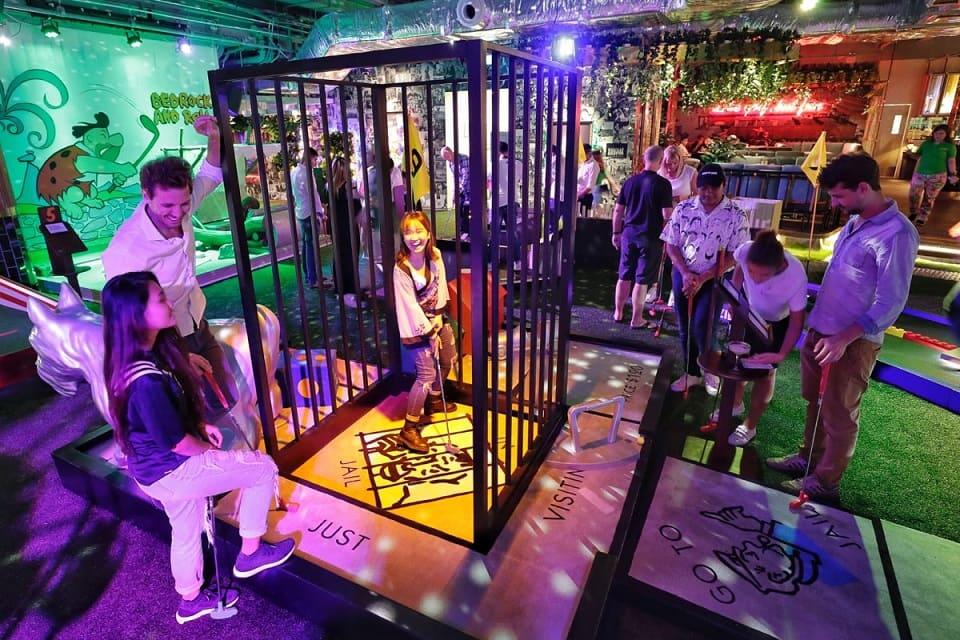 minigolf-faire-soir-singapour