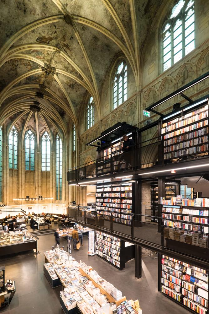 visite-maastricht-librairie
