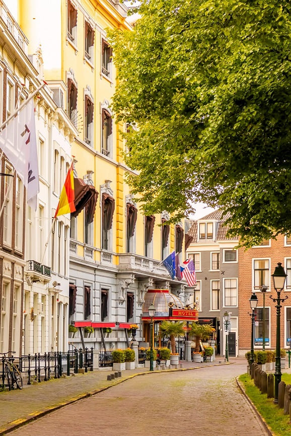 visite-la-haye-rue-principale-shopping (1)