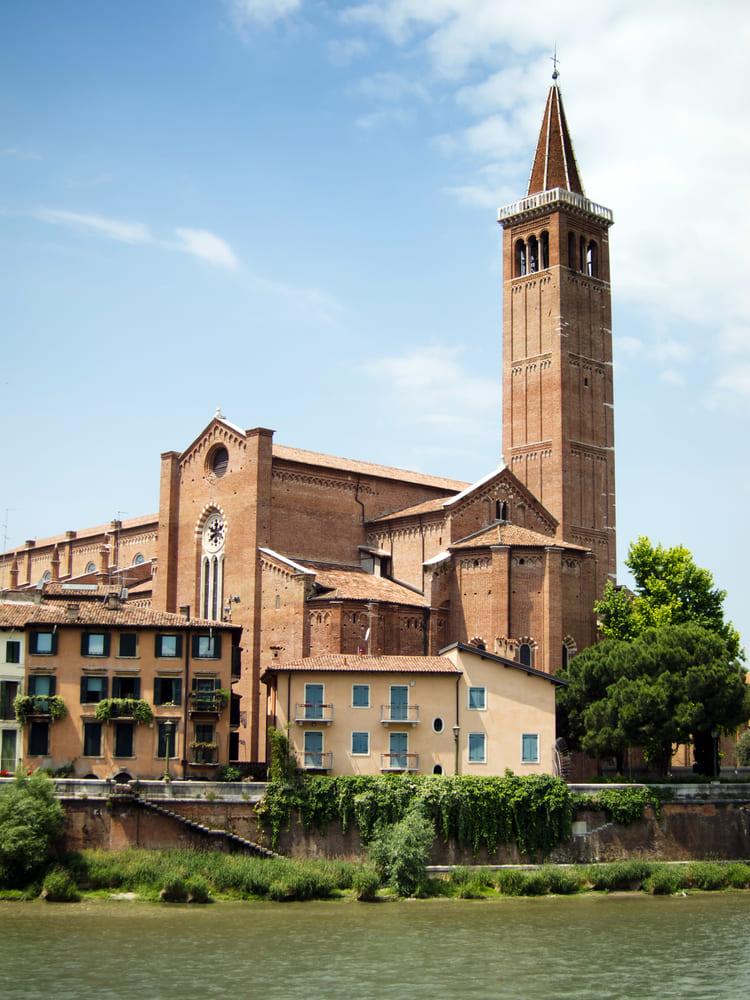 Église Sant'Anastasia-verone