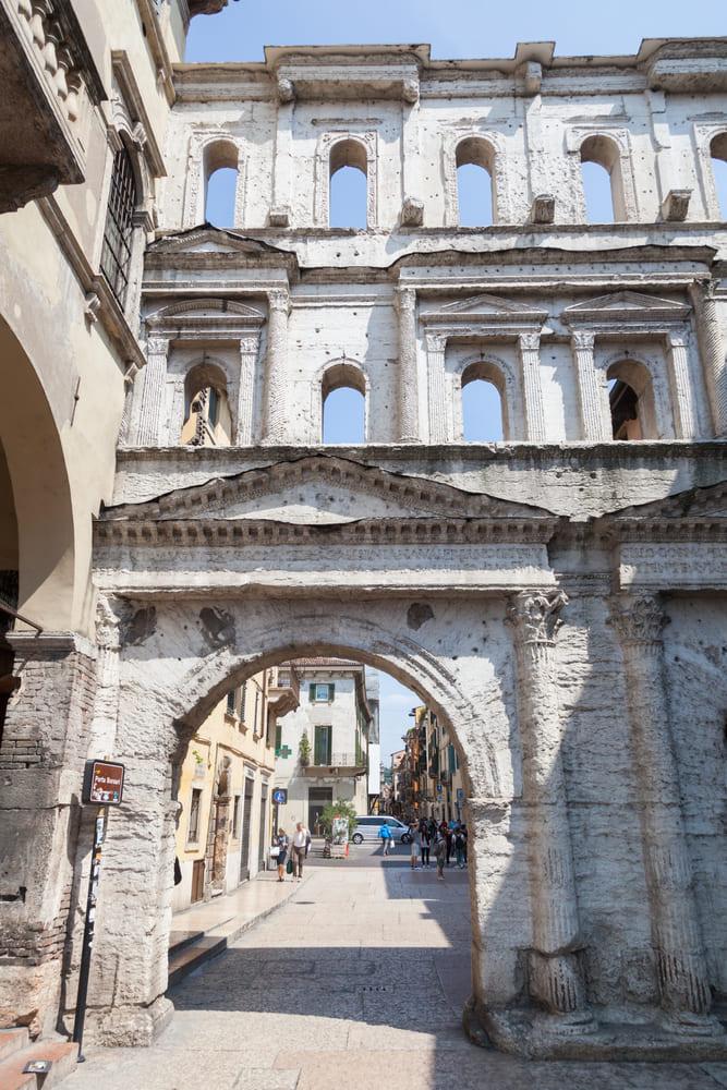 Porta Borsari-verone-que-visiter